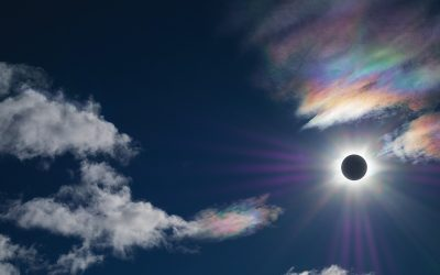 The Rainbow Eclipse of 2017